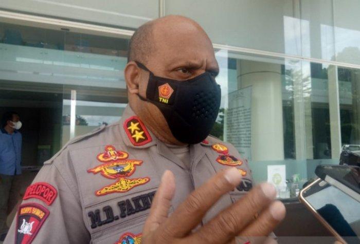 Six armed Papuan separatist