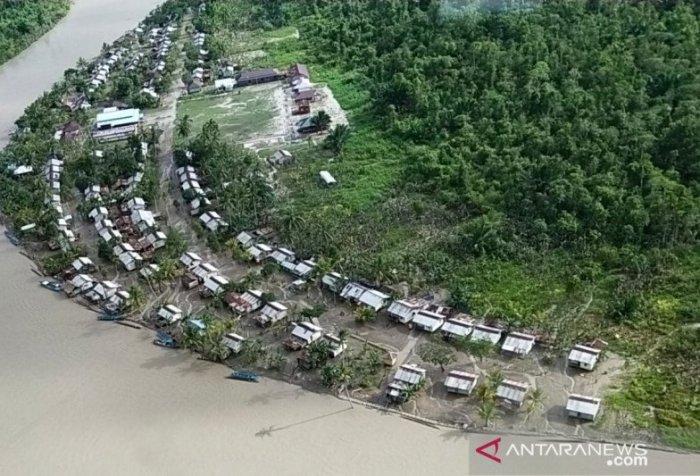 Flooding in the coastal region of Mimika