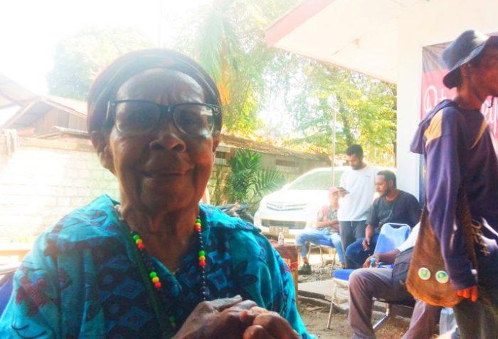 Mama Yosepha Alomang