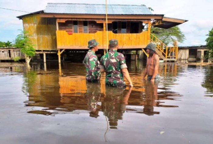 Floods swamp in Keerom District