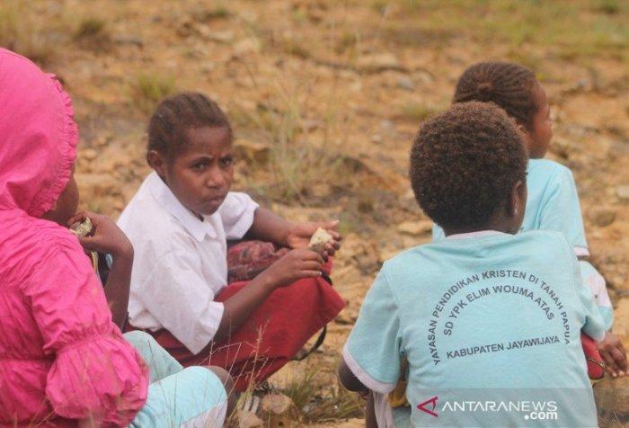 Papua students' education